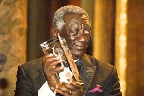 john kufuor holds his chatham house prize